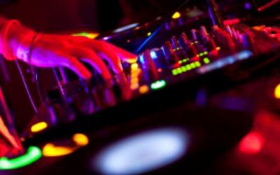 YOUNG DJ10