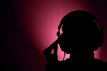 dj-listens-4
