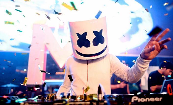Marshmello - Love U (Official Music Video) | God Is A DJ gr