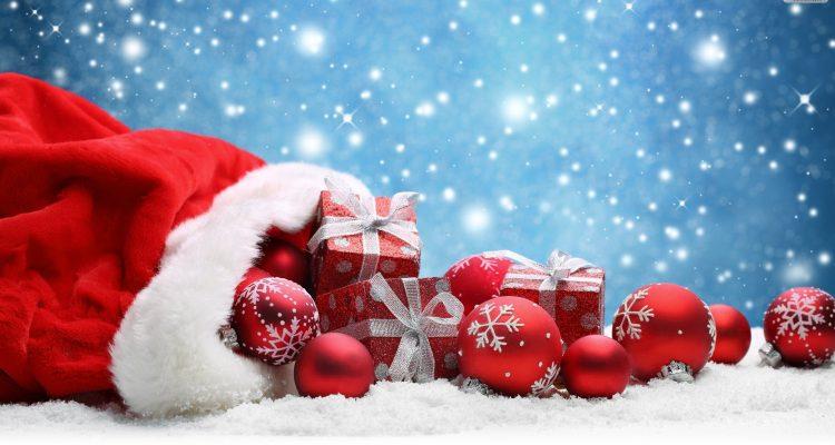 christmas-gifts-balls-wallpaper