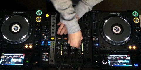 deep_house_music_youtube_37624_1280_720