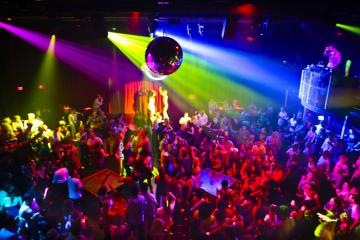 trendy-student-club-in-bucharest