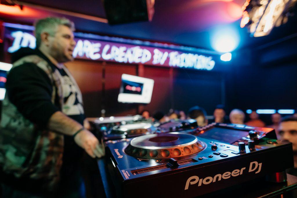 PIONEER DJ SEMINAR D1_10