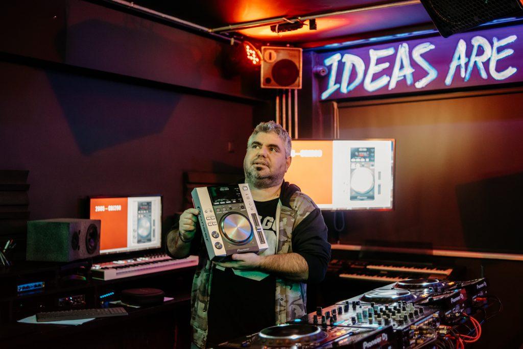 PIONEER DJ SEMINAR D1_25